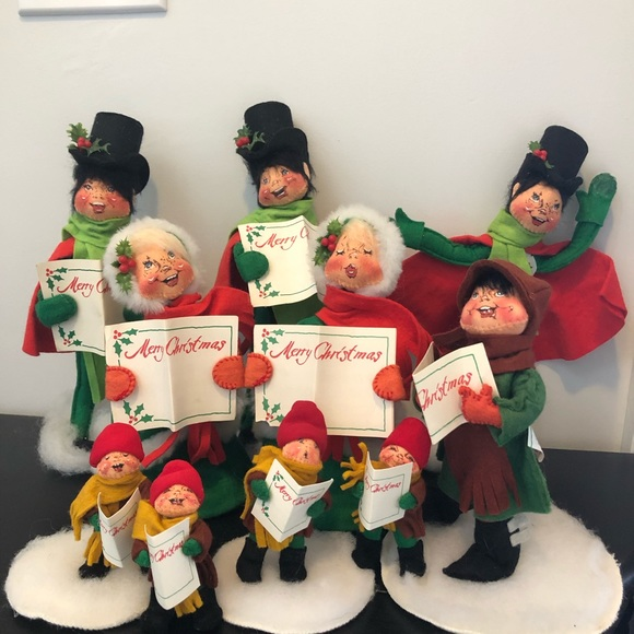Annalee Christmas Carolers